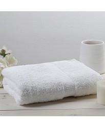 Christy 75 x 137 cm bath towel WHITE
